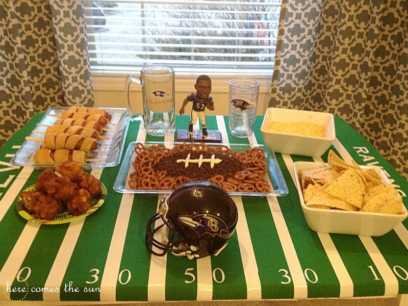 Super Bowl-Party-Tablescape