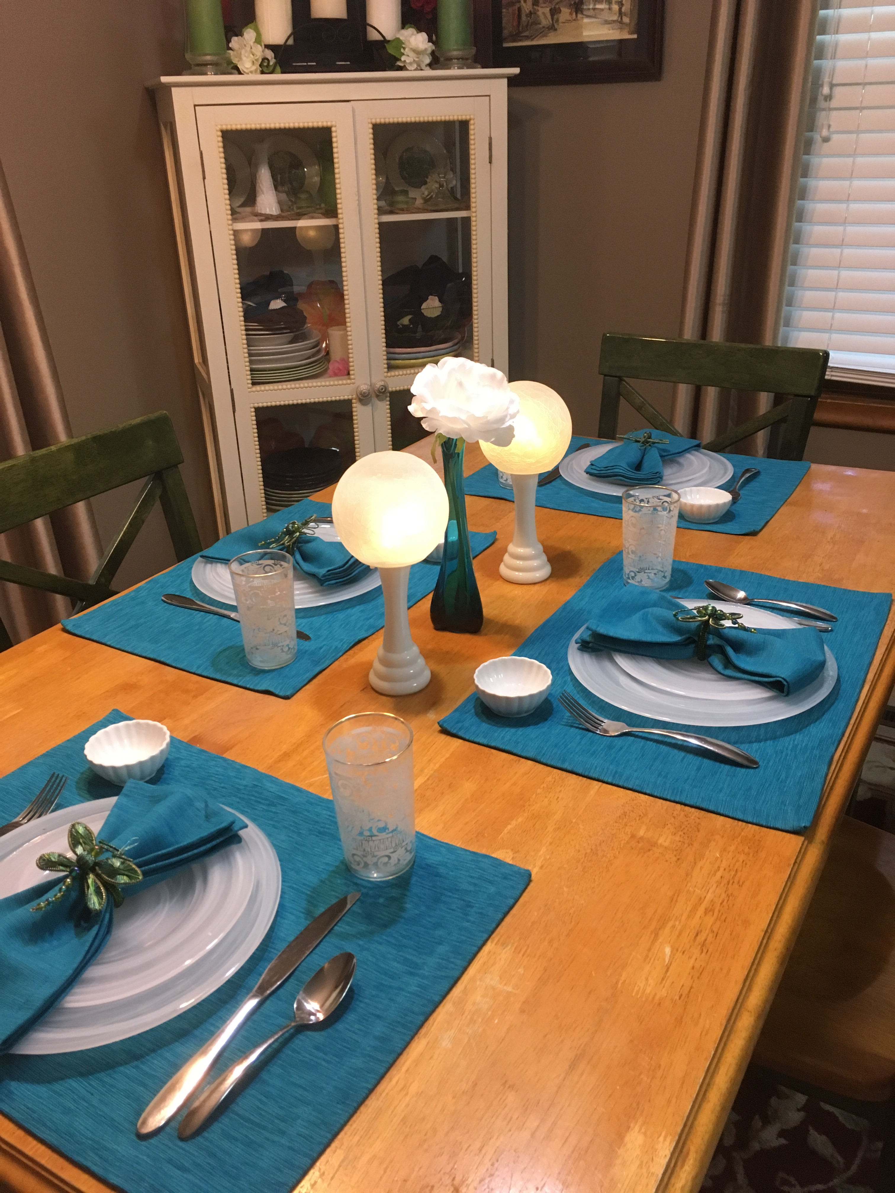 Turquoise Table 4